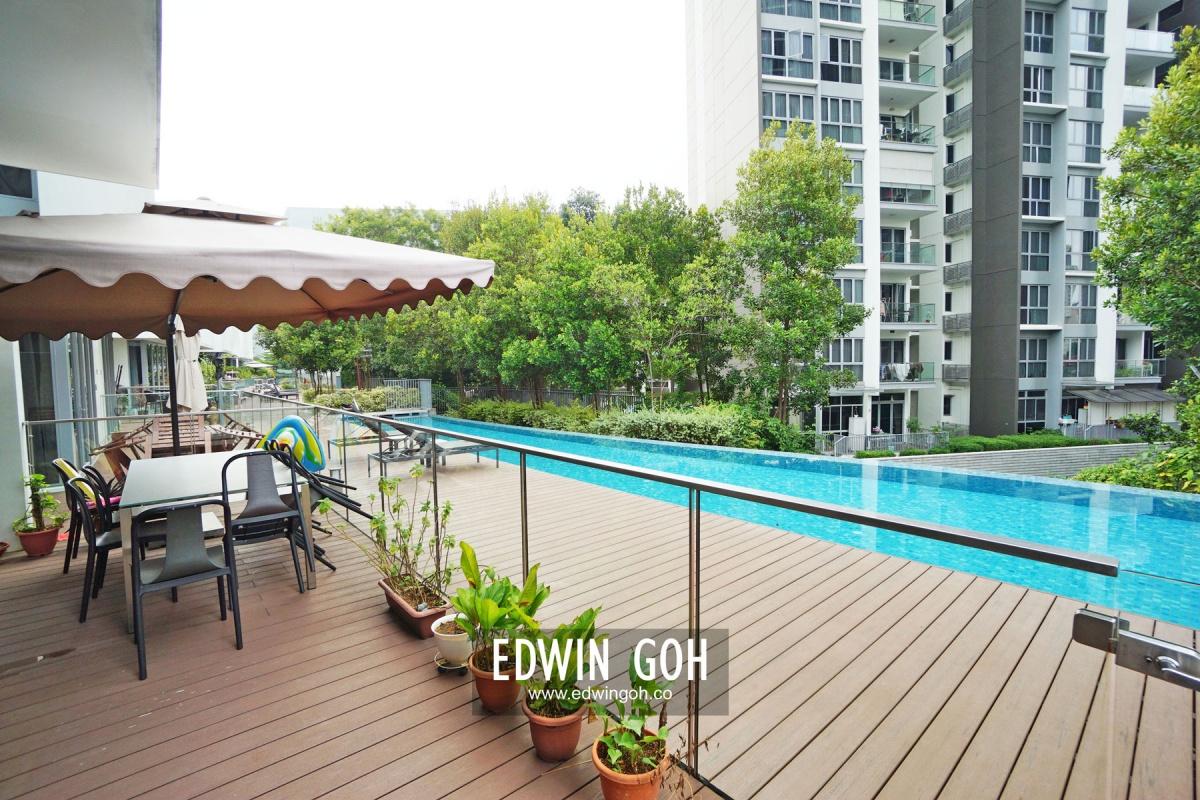 48 PHOENIX ROAD, 668192, 5 Bedrooms Bedrooms, ,5 BathroomsBathrooms,Townhouse,For Sale,PHOENIX ROAD,1019